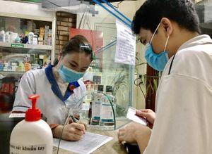 Thực hiện khai báo y tế khi mua thuốc ho, sốt: Chống dịch, chống cả bán thuốc tùy tiện