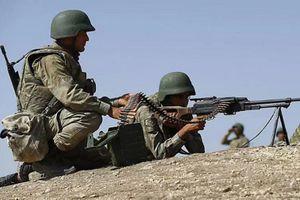 Thổ Nhĩ Kỳ tấn công Quân đội Syria ở mặt trận Tây Aleppo