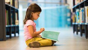 Trẻ nhỏ thích những cuốn sách về thế giới hơn những cuốn truyện đơn giản