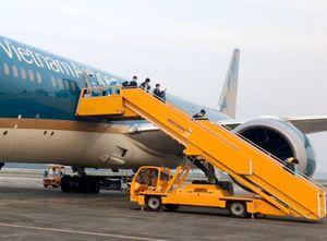 Bộ GTVT cho tăng chuyến bay, tàu hỏa, xe khách
