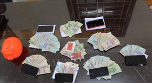 Đột kích tụ điểm đánh bạc, khống chế 130 đối tượng, thu giữ hàng trăm triệu đồng