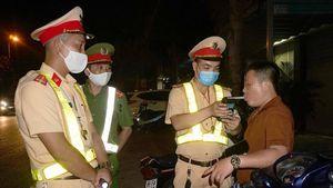Hà Tĩnh: CSGT 'biến hóa' phát hiện 'ma men' lái xe