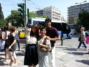 Vừa ly hôn, 'tài tử' Lee Dong Gun đã chọn con đường giống Song Joong Ki