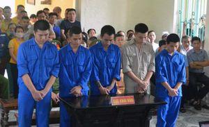 Đánh bác sĩ gãy sống mũi, 5 kẻ côn đồ ở Hải Dương bị xử phạt 175 tháng tù