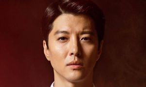 Bị khán giả phản ứng dữ dội khi ly hôn, Lee Dong Gun vẫn đóng phim mới