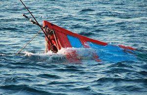 Va chạm với tàu chở dầu, một ngư dân thiệt mạng