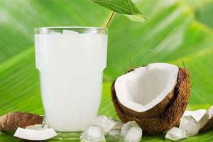 Top 10 tác dụng của sinh tố dừa có thể bạn chưa biết