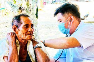 Khánh Sơn: Nâng cao sức khỏe cho người cao tuổi