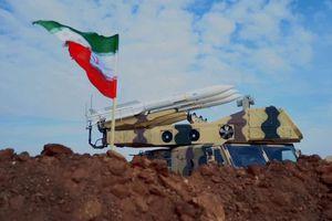 Video chưa từng công bố về hệ thống tên lửa Iran bắn hạ UAV Mỹ