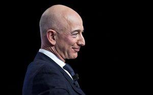 Tài sản của Jeff Bezos vừa thiết lập kỷ lục mới, cao hơn cả lúc trước khi ly hôn