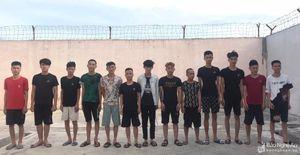 Hai nhóm trai làng từ Thanh Hóa vào bãi biển Nghệ An đánh nhau