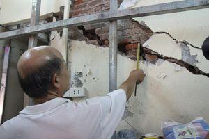 'Chống nạng sắt' phòng ngừa ngôi nhà bị đổ sập