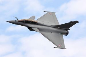 Ấn Độ triển khai thêm khí tài quân sự đến sát biên giới tranh chấp với Trung Quốc