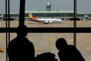 Máy bay dân dụng lớn nhất thế giới bay 'không khách' để giữ bằng lái cho phi công