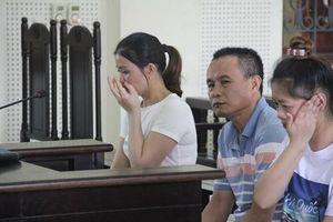 Nhói lòng lời khai của nữ bị cáo 17 tuổi và lời nhắn nhủ của người cha tại phiên tòa