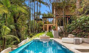 Cận cảnh bên trong căn biệt thự gần 6 triệu USD mới mua của con gái tỷ phú Mỹ David Bonderman