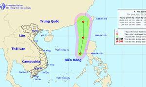 Áp thấp nhiệt đới trên Biển Đông, nắng nóng diện rộng ở miền Trung