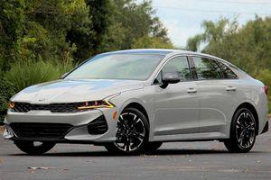 Kia K5 2021 mới mở bán từ 544 triệu đồng tại Mỹ