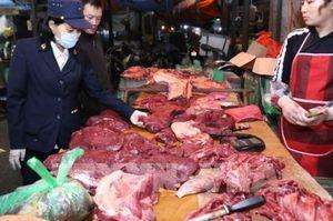 Siết chặt quản lý giết mổ lợn và tiêu thụ các sản phẩm thịt lợn