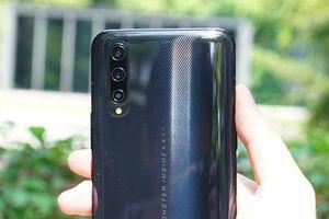 Cận cảnh smartphone 5G, RAM 12 GB, sạc 44W, giá rẻ bất ngờ