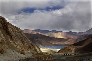 Tranh chấp biên giới Trung -Ấn: New Delhi tố Bắc Kinh cố thay đổi nguyên trạng