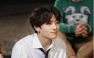 Jungkook (BTS) đứng đầu top 15 sao Hàn cách ly khôn ngoan: Dân mạng phản đối kịch liệt!