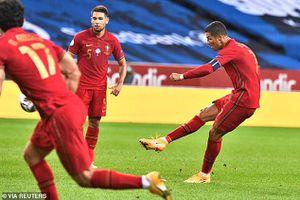 Pháp tái diễn trận chung kết World Cup, Ronaldo có thêm kỷ lục