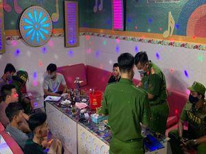 An Giang: Khách và nhân viên karaoke Hùng Mập lại 'phê' ma túy
