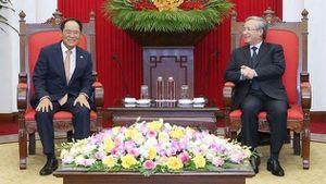 Thường trực Ban Bí thư Trần Quốc Vượng tiếp Đại sứ Hàn Quốc tại Việt Nam