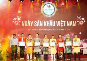 Ngày sân khấu Việt Nam 2020: Vinh danh các văn nghệ sỹ có nhiều đóng góp cho sân khấu
