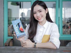 Người Việt cho Vsmart Live 4 mấy sao?