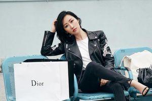Nữ blogger thời trang bán 100 chiếc ôtô trong 5 phút