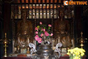 Khám phá đền thờ nằm ở vị trí đặc biệt nhất Hà Nội