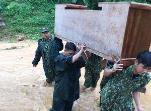 Giúp dân khắc phục hậu quả do mưa lũ