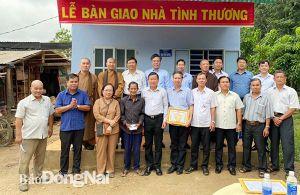 Bàn giao 4 căn nhà tình thương tại H.Định Quán
