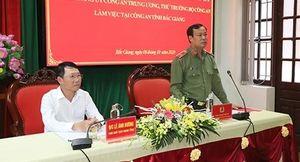 Thứ trưởng Lê Tấn Tới làm việc với Công an tỉnh Bắc Giang