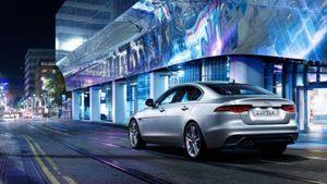 Jaguar XE 2021 phiên bản nâng cấp động cơ và trang bị có gì mới?