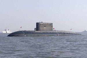 Soi tàu ngầm chiến đấu lớp Kilo đầu tiên của Hải quân Myanmar
