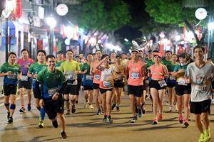 Ấn tượng đường đua VPBank Hanoi Marathon ASEAN 2020