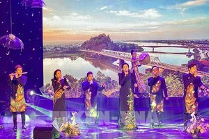 TP Hồ Chí Minh: Hơn 100 nghệ sỹ tham gia đêm nhạc gây Quỹ 'Thương về miền Trung'