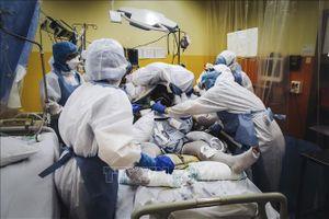 Số ca mắc COVID-19 tại Pháp vượt ngưỡng một triệu người - Phó Tổng thống Colombia mắc bệnh