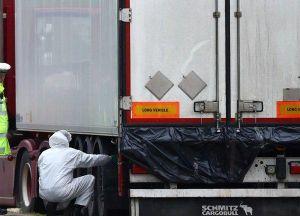 Khoảnh khắc tài xế phát hiện thi thể 39 người Việt trên container