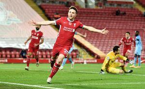 Diogo Jota hóa người hùng, Liverpool thắng nghẹt thở