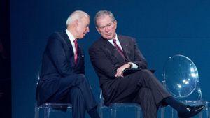 Bầu cử Mỹ 2020: Cựu Tổng thống Bush bất ngờ chúc mừng 'người đàn ông tốt bụng', ông Trump 'khai chiến'