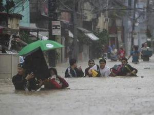 Siêu bão Vamco 'càn quét' Philippines, nhiều nơi ở thủ đô tê liệt