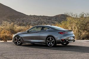 Xe hơi mạnh 400 mã lực, giá hơn 1,3 tỷ đồng