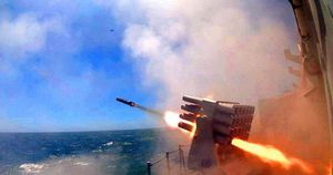 Mỹ điều máy bay ném bom vào ADIZ, gửi cảnh báo 'gắt' tới TQ: Bắc Kinh sẵn sàng cho xung đột?
