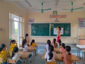 Giải pháp khắc phục tình trạng thừa thiếu giáo viên cục bộ