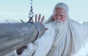 Kiếm hiệp Kim dung: Trương Tam Phong 100 tuổi mới tạo ra Thái Cực Quyền, vậy thời trẻ dựa vào đâu để tung hoành thiên hạ?