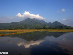 Núi thiêng gần Hà Nội đẹp mê mải nhìn từ muôn phương tám hướng